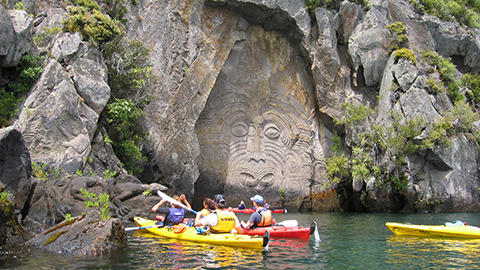 Hillary Outdoors, Kayaking in the Coromandel